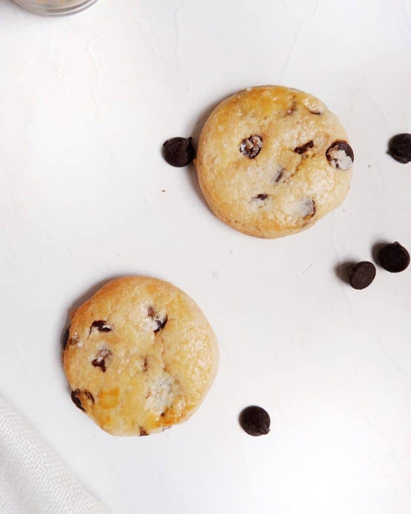 baked edible chocolate chip cookie dough