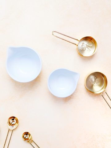 empty measuring bowls and cups
